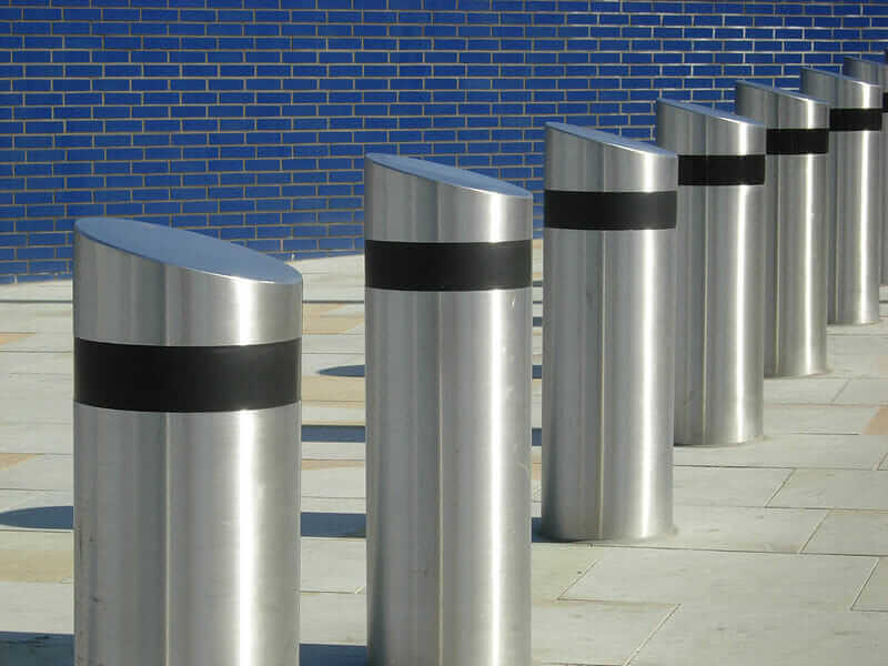 Barriers   Bollards   Gate Automation   Fencing